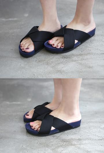 Ferrer slippers (2color)