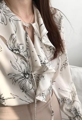 Sketch flower blouse (2color)