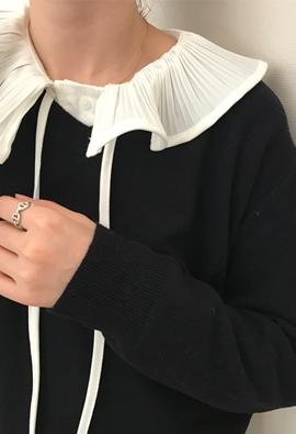 Ruff collar blouse (2color)