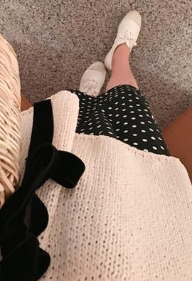 [Back band] Dot slit skirt (2color)