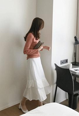 [Back band] Eyelet ruffle skirts