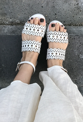 Eyelet strap sandal (2color)