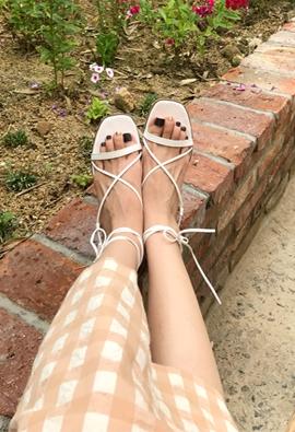Cross Strap Sandals (2color)