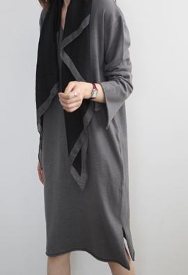 Rhombus trim scarf (3color)