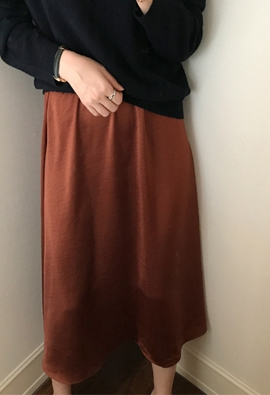 [Band Type] Lustre skirts (brown)