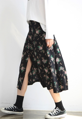 Bloom button skirts (2color)