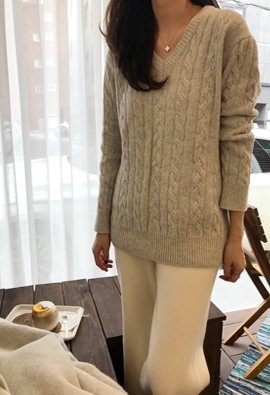 V cable knit (3color)