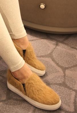 Angora slip on  (beige)