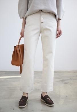 Light beige pants