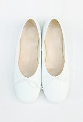 Ballerina flat (white)