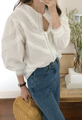 Puff lace blouse (3color)