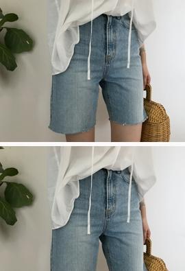 1364 denim shorts