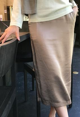 [Back band] Satin slit skirt (3color)