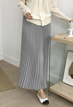 Gray pleats skirt