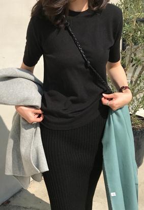 And half knit (black)