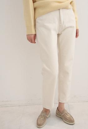 [napping] Cream stitch pants
