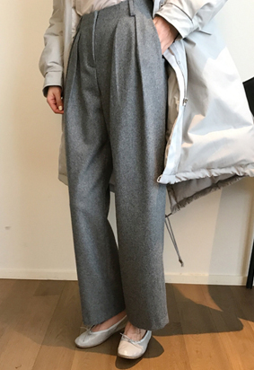 Each two tuck pants (2color)