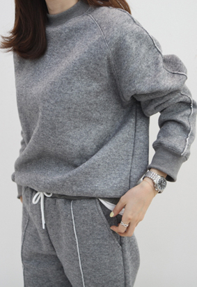 Pin tuck knit MTM (2color)