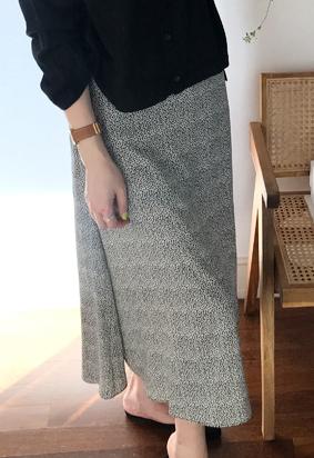 [Back band] Silky leopard skirt (2color)