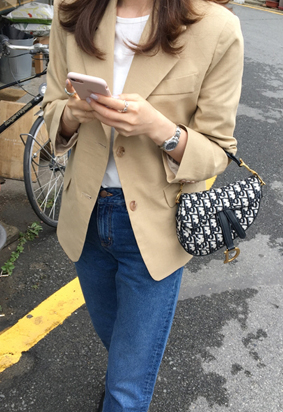 Base jacket (beige)