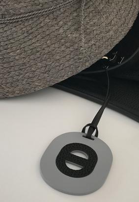Oval N